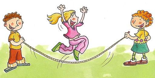 Niños saltando lazo