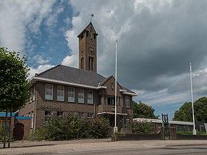 Nieuwe Pekela - Image: Nieuwe Pekela, het voormalige gemeentehuis RM520998 foto 6 2014 07 12 14.14