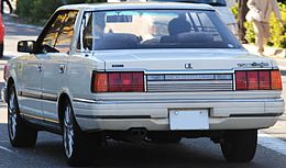 Nissan-CedricY30rear.JPG