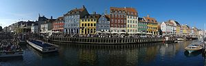 Nyhavn - Panorama of north side of Nyhavn