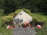 Obelisk ku czci Lotników RAF'u - 01.JPG