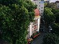 Official-looking building in Hanoi.jpg
