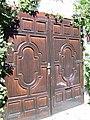 Old(ish) gate - panoramio.jpg