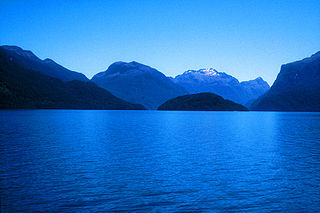 Lake Te Anau lake in Southland Region, New Zealand