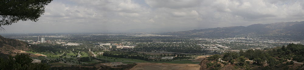 Panorama of Burbank.jpg