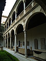 Patio Museo de Santa Cruz 08.jpg