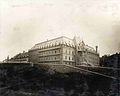 Pavillon D Aiguillon de l Hotel-Dieu de Quebec vers 1900.jpg