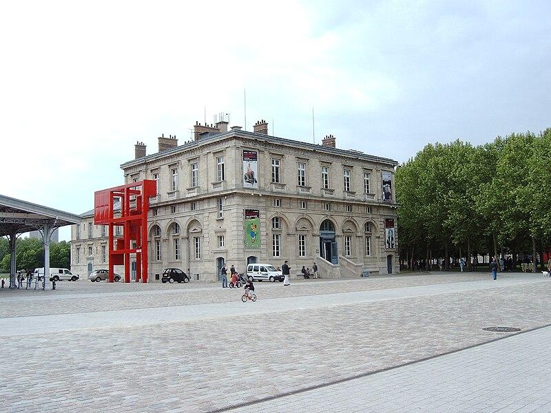Fichier:Pavillon Janvier, 2010-05-18 02.jpg