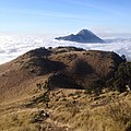 Pemandangan di sabana 1 jalur selo dengan latar Gunung merapi.jpg