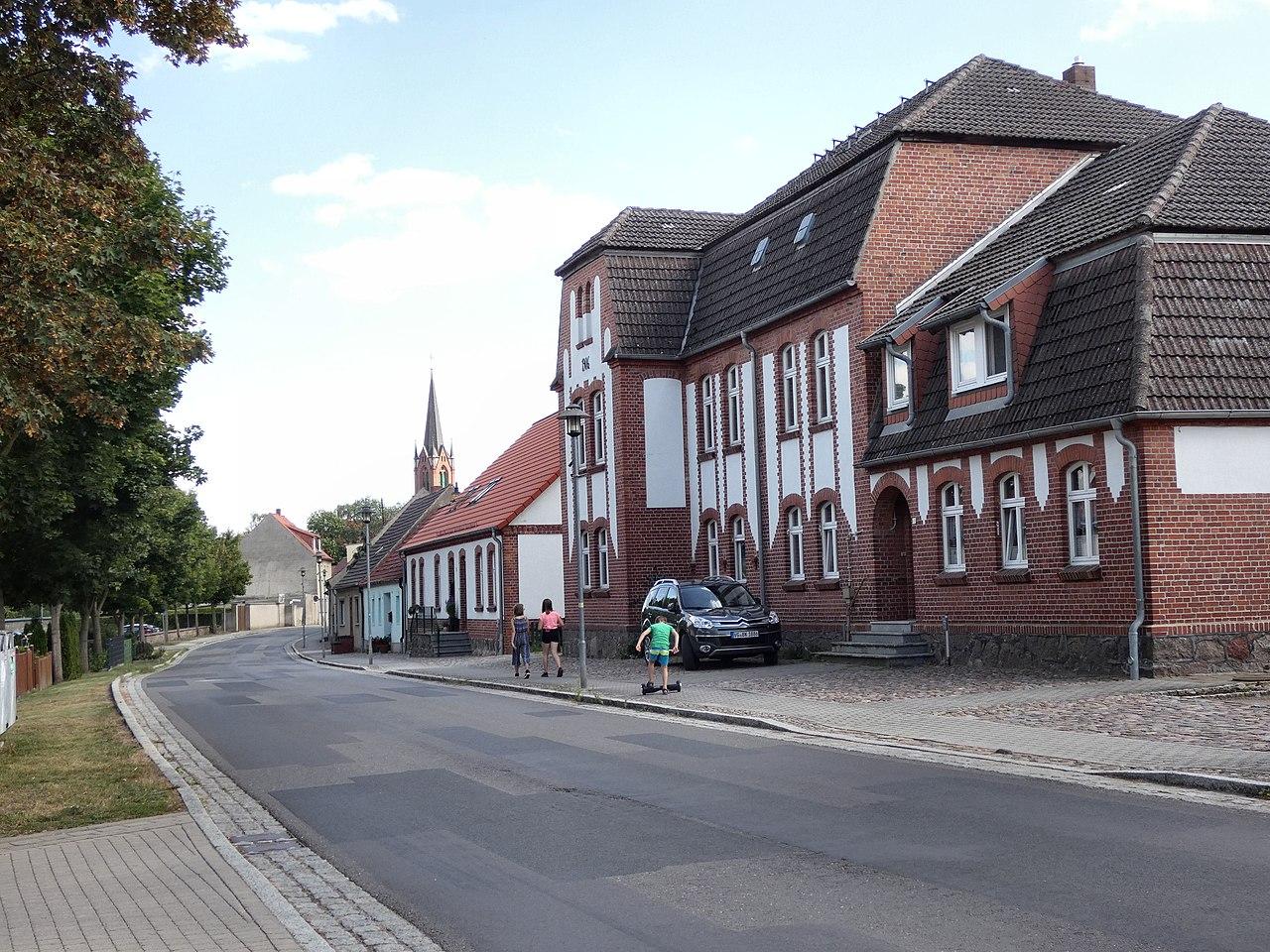 Penkun Werner-von-der-Schulenburg-Str.JPG