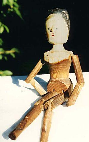 Peg wooden doll