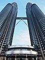 Petronas Twin Tower in Kuala Lumpur.jpg