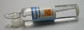 Phosphorus trichloride - Image: Phosphorus trichloride 25ml