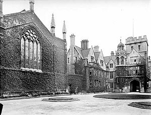 Chapel of Brasenose College, Oxford - The New Quadrangle in 1900 (the chapel is on the left)