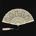 Pleated Fan (France), 1885–90 (CH 18565527).jpg