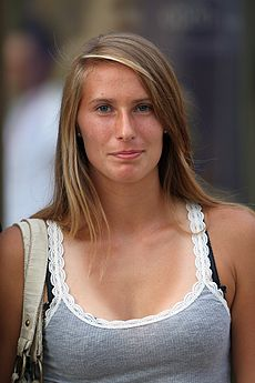 Polona Hercog in Prague 2009.jpg