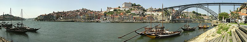 Fichier:Porto3flat-cc-contr-oliv1002 edit2.jpg