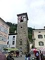 Poschiavo- Graubünden – das alte Rathaustor wurde im 13. Jahrhundert erbaut - panoramio.jpg