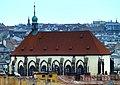 Prag - Blick vom Altstädter Rathausturm über die Kirche St. Maria Schnee - Praha - Pohled z věže Staré radnice na kostel Panny Marie Sněžné - panoramio.jpg