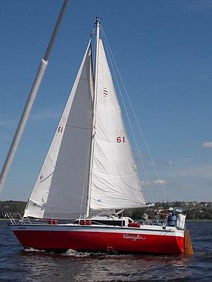 Prospect 900 - Image: Prospect 900 Sailboat Keewaydin 3951