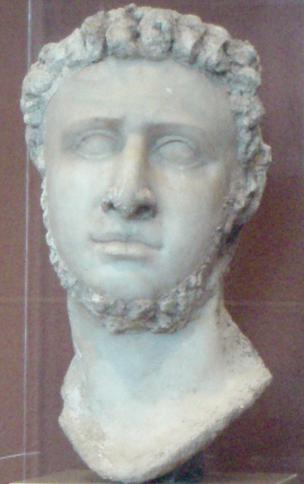 Archivo:PtolemyIX-StatueHead MuseumOfFineArtsBoston.png