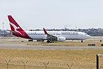 Qantas (VH-VZO) Boeing 737-838(WL) at Sydney Airport (1).jpg