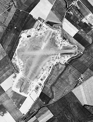 RAF Fowlmere - Aerial photograph of Fowlmere airfield 31 May 1944, taken by 13th Photographic Squadron, 7th Photographic Reconnaissance Group