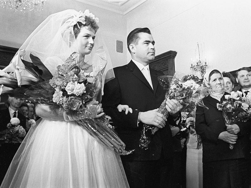 File:RIAN archive 611957 Valentina Tereshkova and Andrian Nikolaev.jpg