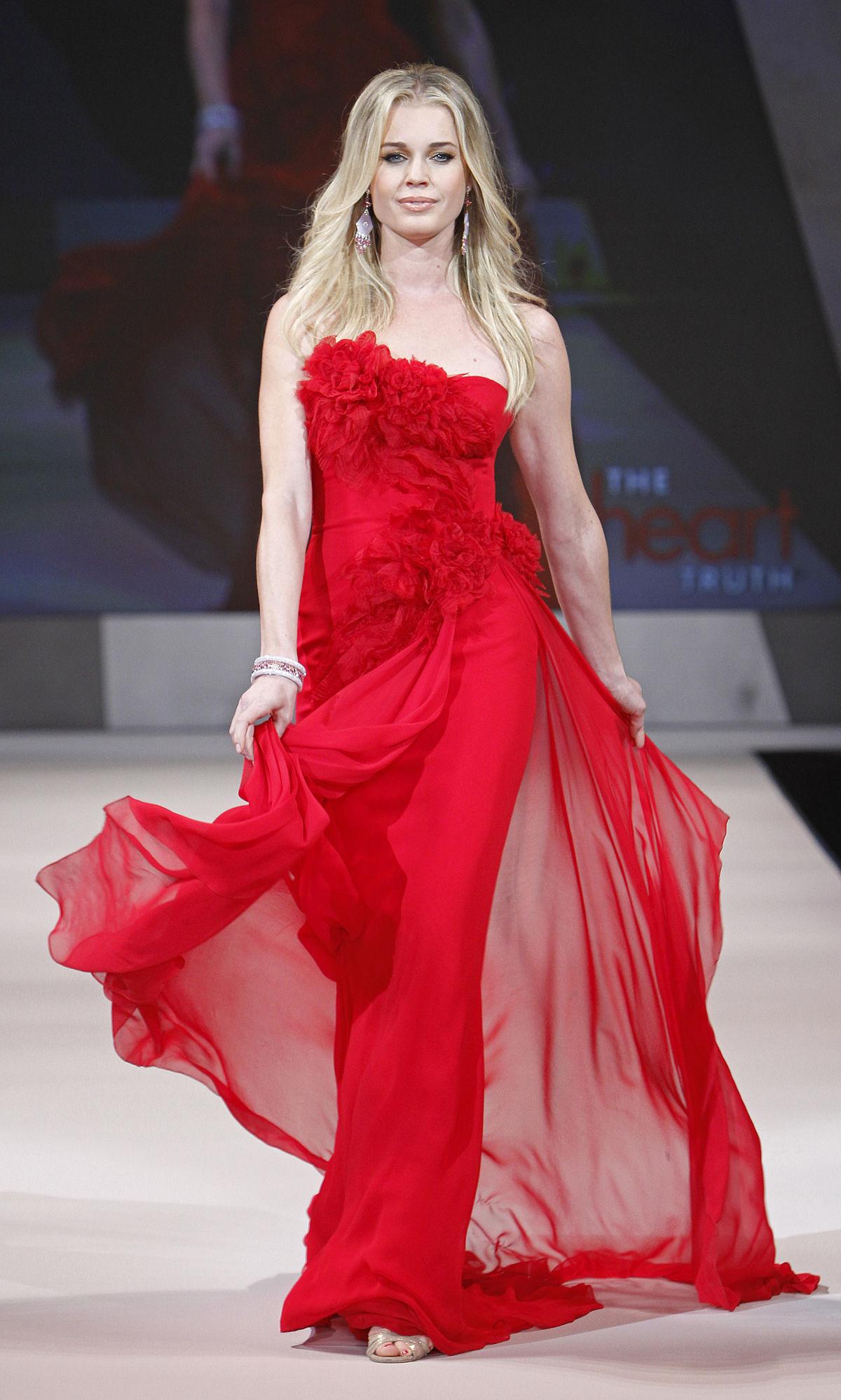 Rebecca Romijn - Wikipedia