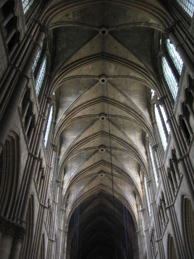 File:Reims Cathedral, interior (4).jpg - Wikimedia Commons