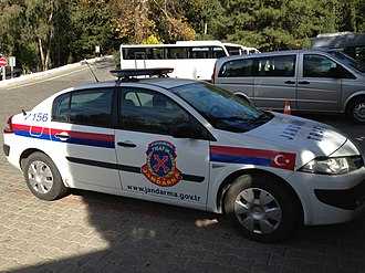 Gendarmerie General Command - Image: Renault Megane Jandarma squad car