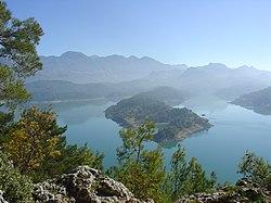 Reservoir-in-Taurus-Mountains.jpg