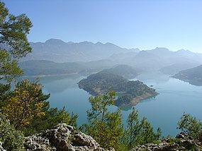 Reservoir-in-Taurus-Mountains.jpg