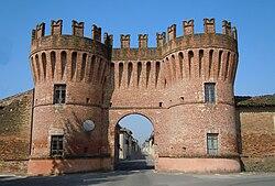 Rivarolo Mantovano-Porta di ingresso.jpg