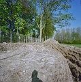 Rondeel, te voorschijn gekomen tijdens dijkverbeteringswerkzaamheden - Ravenstein - 20338716 - RCE.jpg