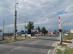 Route 111 level crossing, 2017 Dorog.jpg