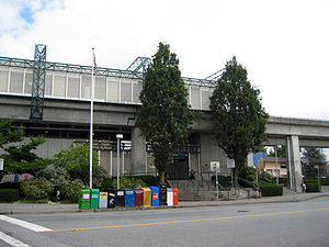 Royal Oak station (SkyTrain) - Station entrance viewed from Beresford Street