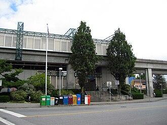 Royal Oak station (SkyTrain) - Station entrance viewed from Beresford Street