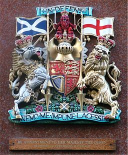 Royal Warrant - Jenners in Edinburgh - 2004-10-22