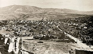 Ruins of the Armenian part of the city of Shusha after the March 1920 pogrom by Azerbaijani armed units. In the center - church of the Holy Savior.jpg