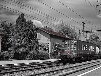 Sant'Antonino - Train passing at Railway Station of S.Antonino