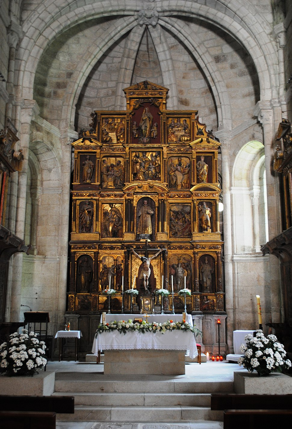 S Estevo de Ribas de Sil, retablo