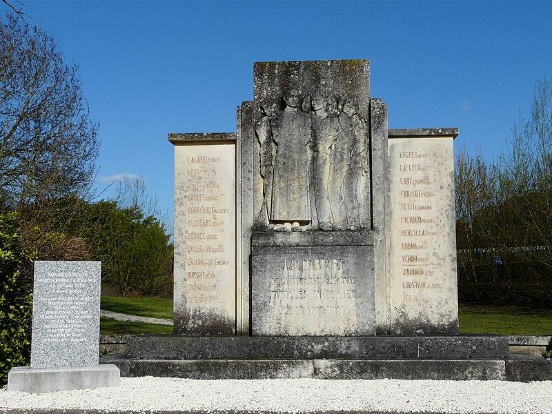 Fichier:Saint-Astier (Dordogne) mémorial.JPG