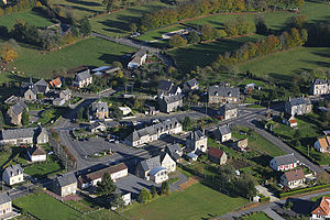 Saint-Barthélemy, Manche - Aerial view of the village