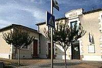 Saint-Bonnet-de-Bellac - mairie.JPG