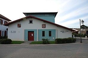 Donamartiri wikipedia entziklopedia askea for Maisons errobi