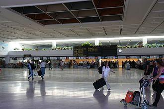 Lanzarote Airport - Terminal concourse