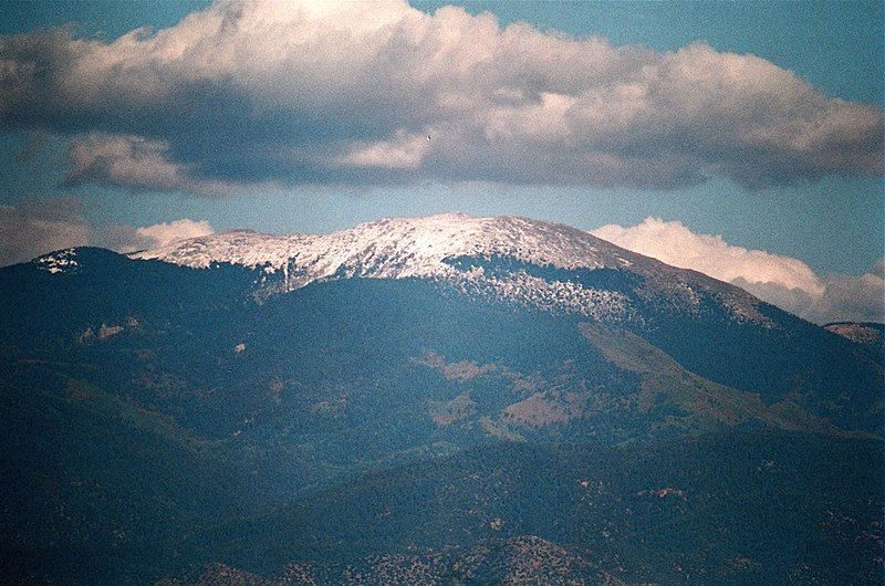 File:Santa Fe Baldy with cloud from White Rock.jpg