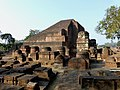 Sariputta Stupa Nalanda University India - panoramio (2).jpg