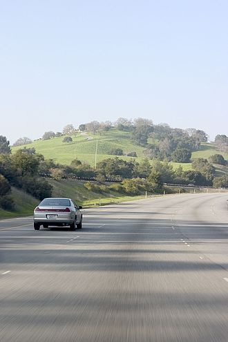 Interstate 280 (California) - A view of the scenic portion of Interstate 280